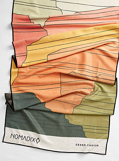 Grand Canyon recycled plastic towel