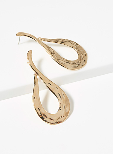 Chanel golden drop earrings