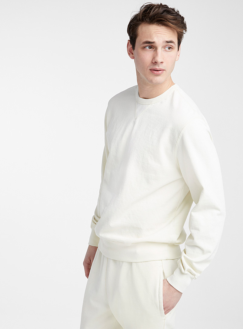 eco-friendly-sweatshirt