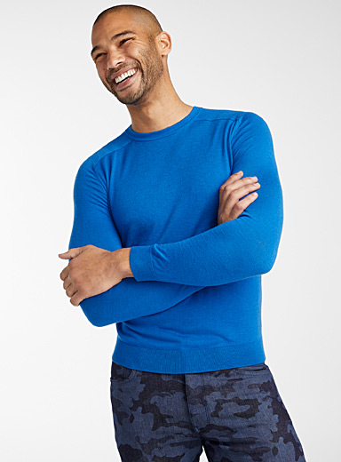 Le pull col rond couleurs