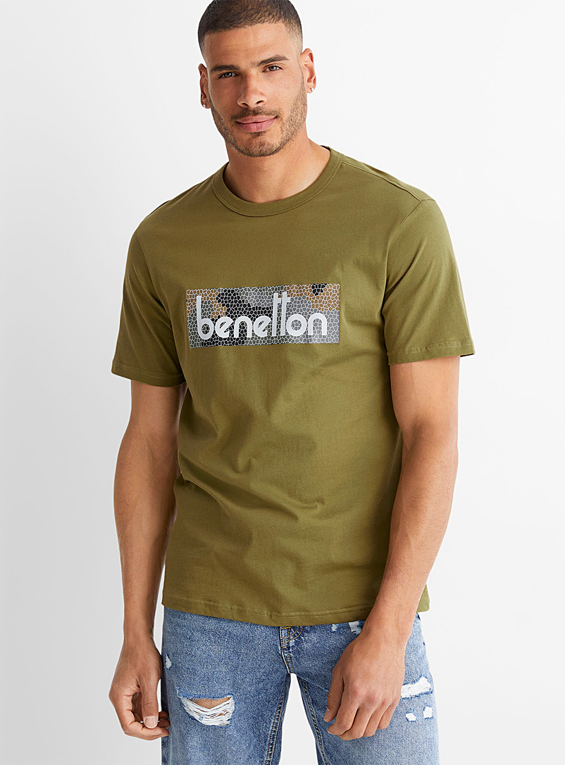 United Colors of Benetton Mossy Green Signature accent T-shirt for men