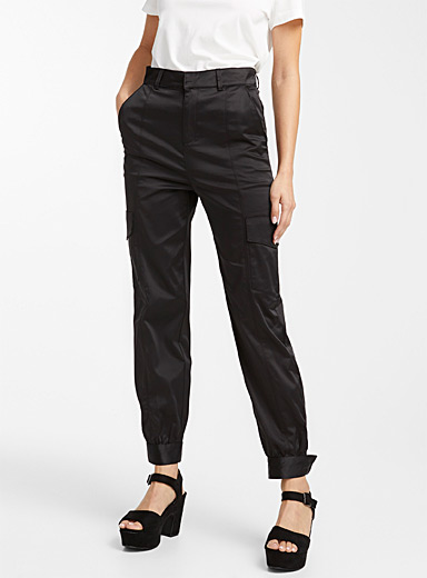 Icône Black Satiny cargo pant for women