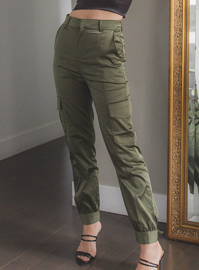 Icône Mossy Green Satiny cargo pant for women