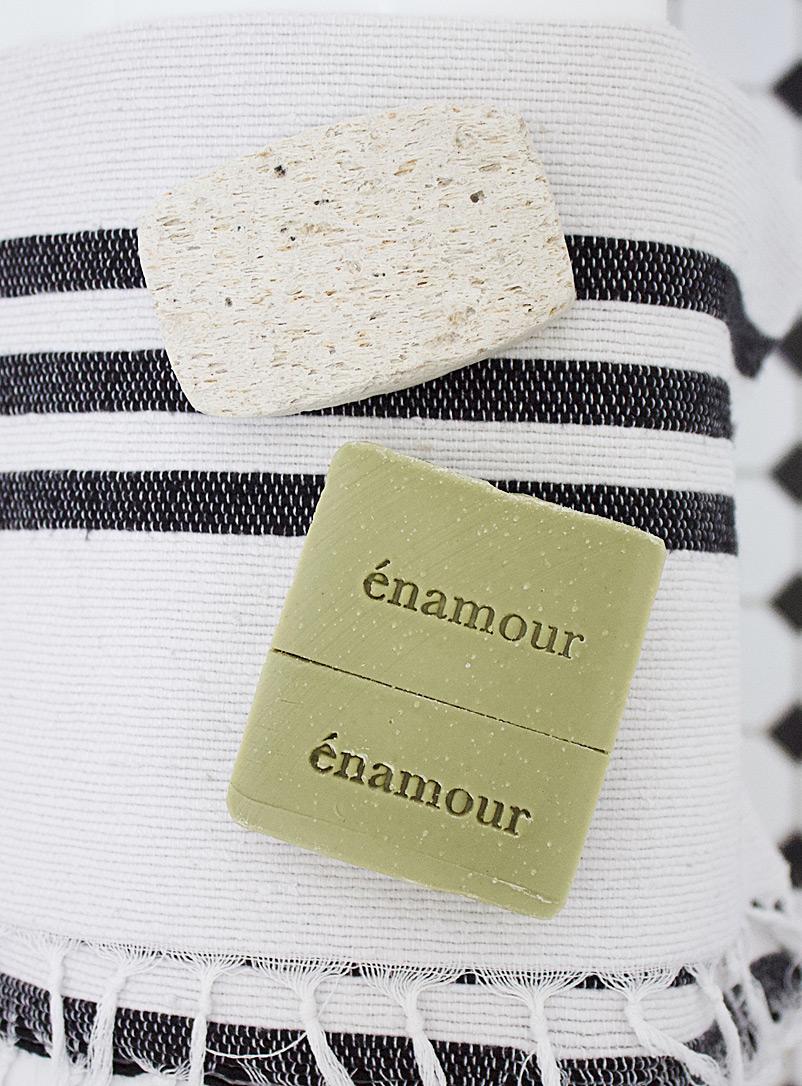 Énamour Cream Beige Bye bye bugs hair and body soap