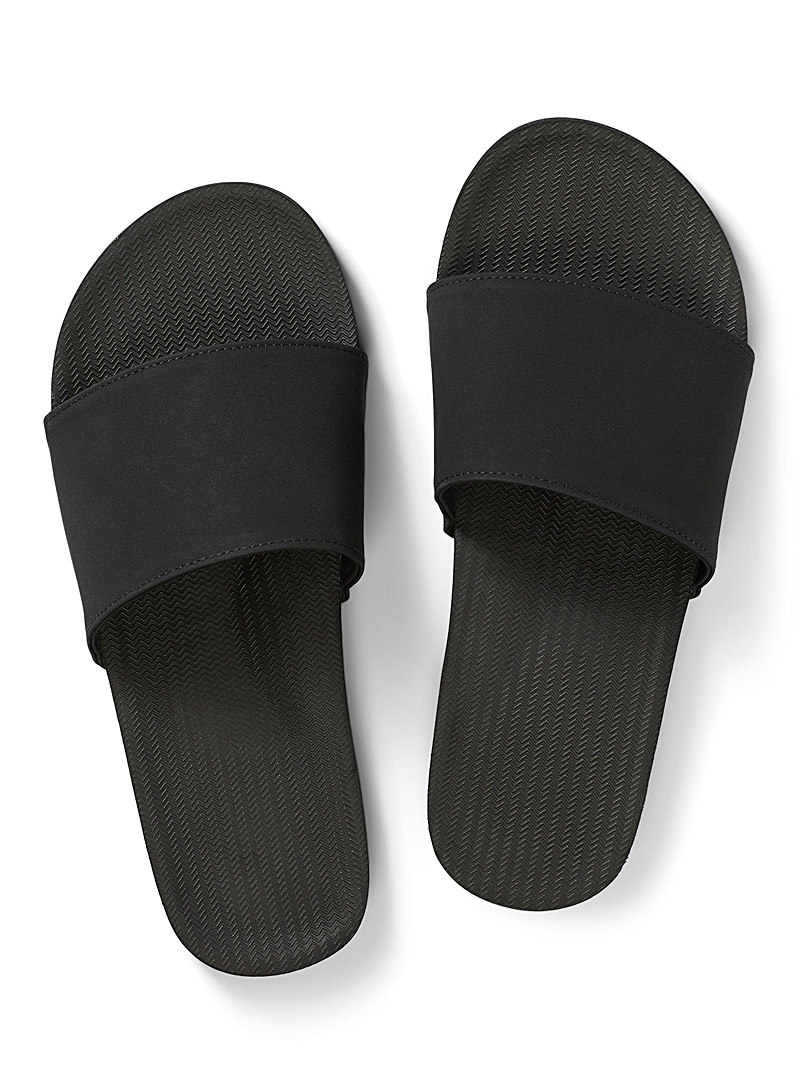 Indosole Black ESSNTLS slides Men for men