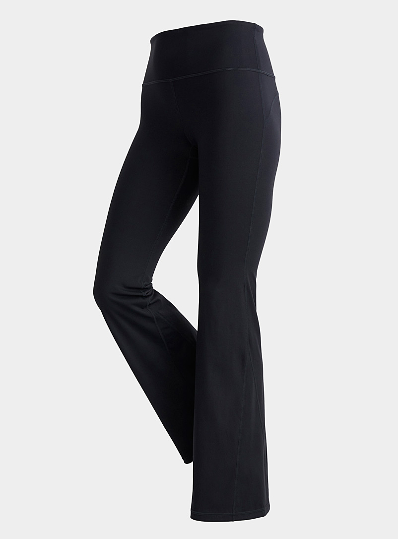 Mono B Black Flared-leg pant for women