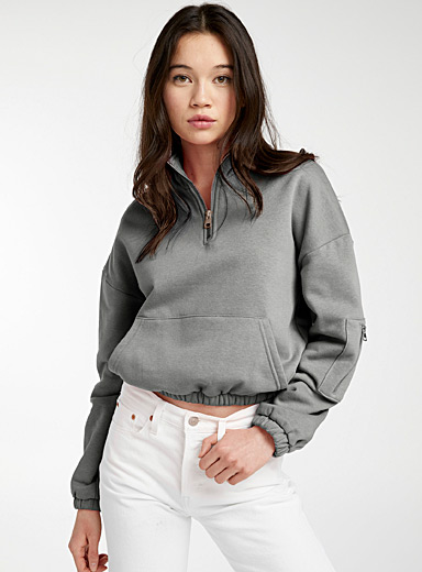 Le sweat court demi-zip
