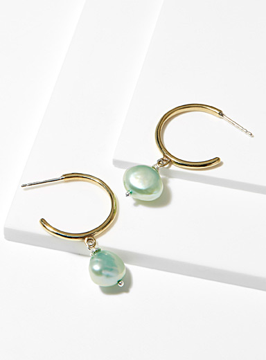 Béatrice soft green earrings