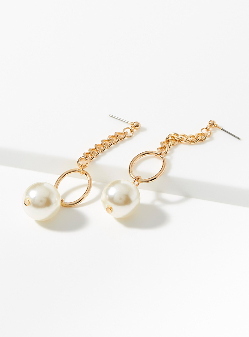 pearly-pendant-earrings