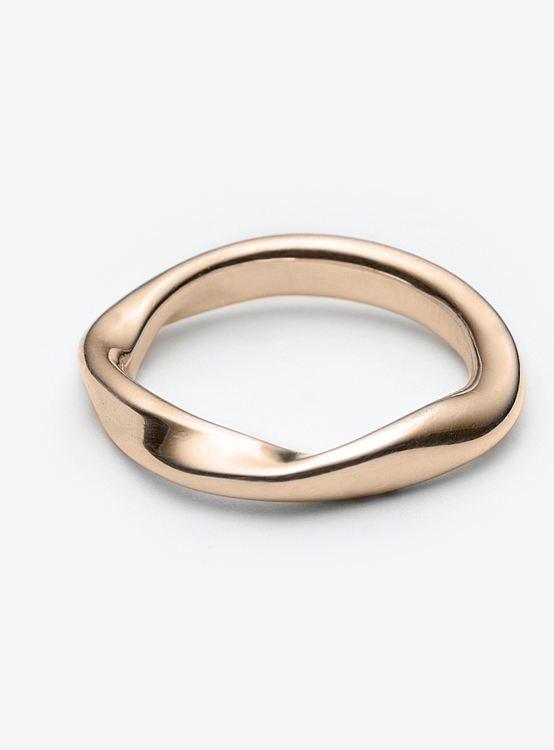 Sora gold ring