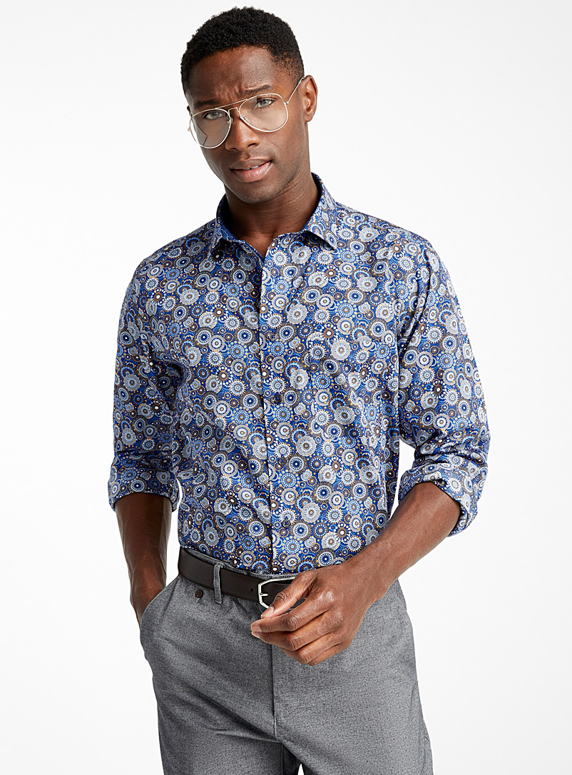 repeated-medallion-circle-shirt-br-comfort-fit-br