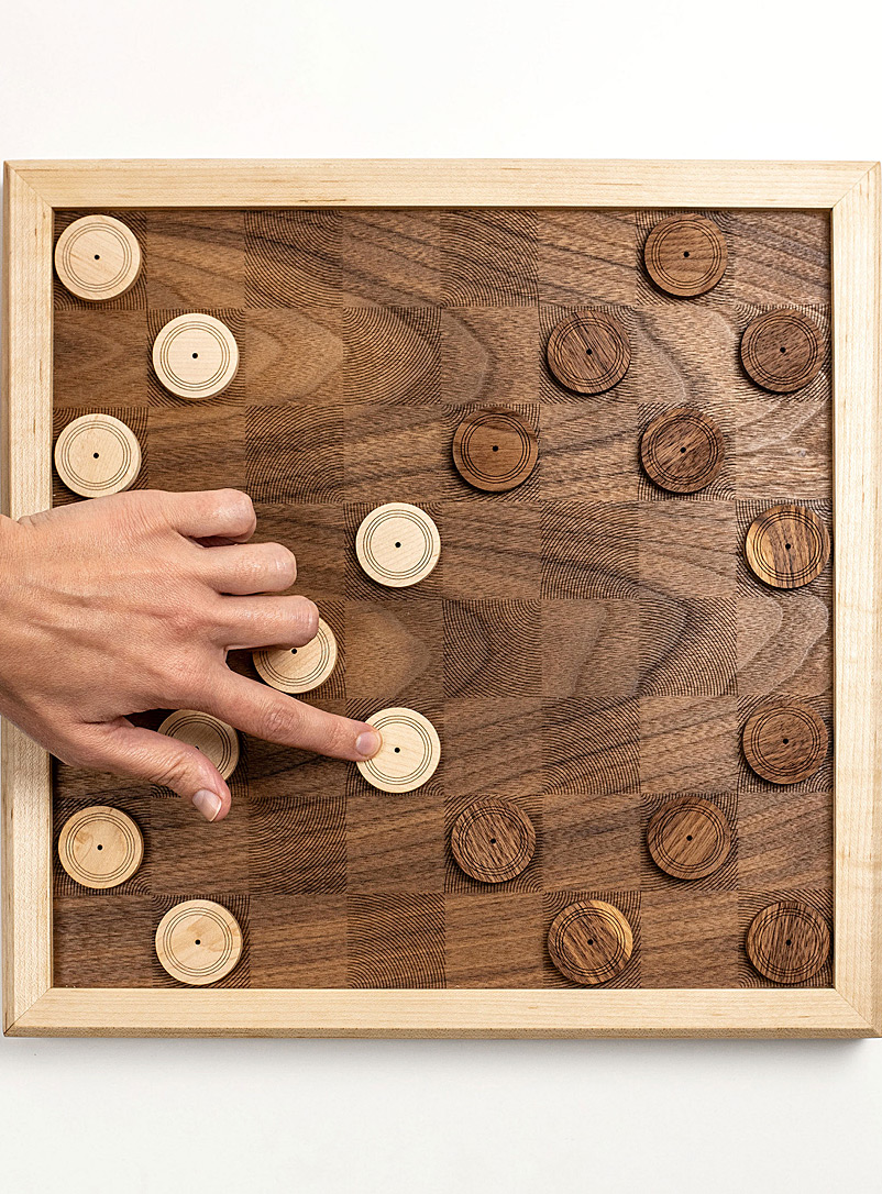 wooden-checkers-set