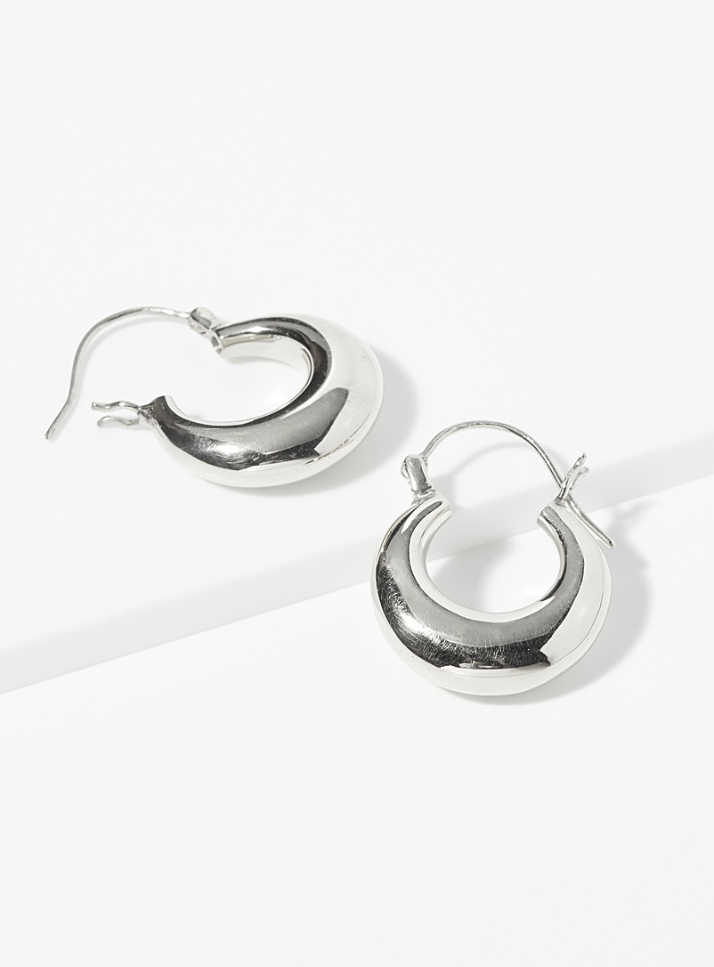 Ken & Jame Silver Silver Victoria hoops for women