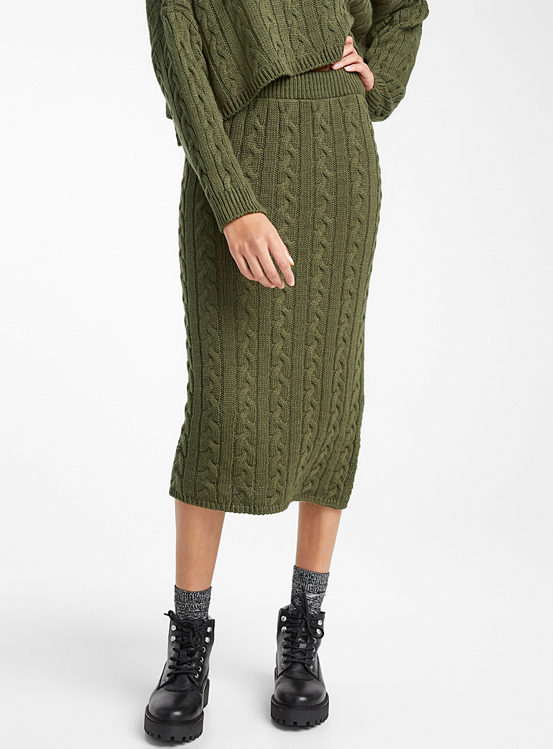 cable-knit-skirt