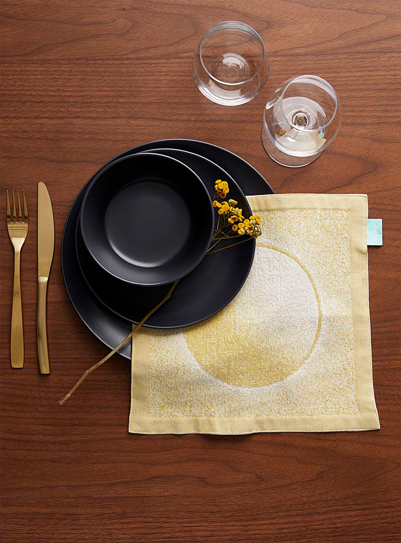 Pixtil Medium Yellow Solar eclipse napkin