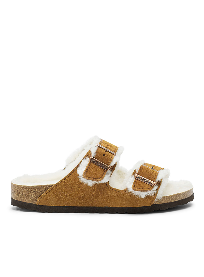 Caramel sheepskin-lined Arizona sandals