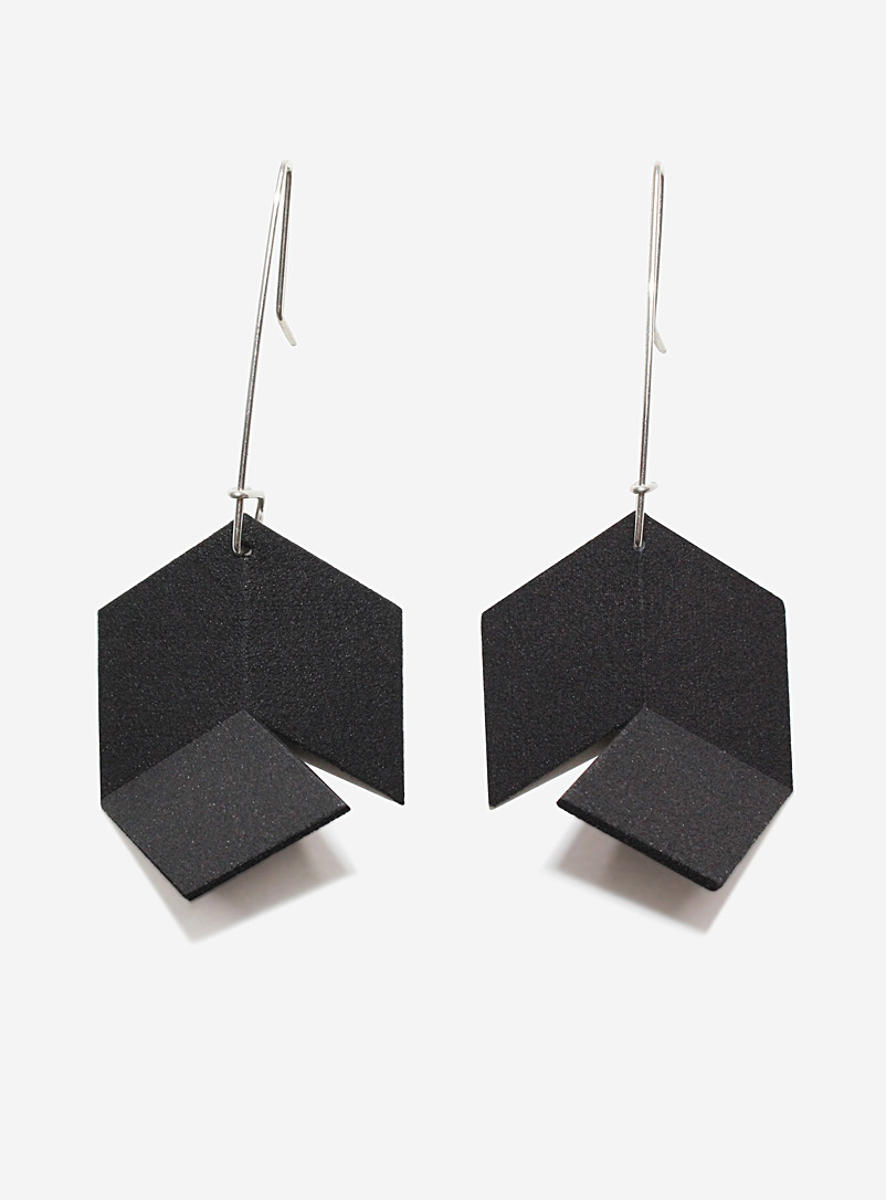 infinite-pendant-earrings