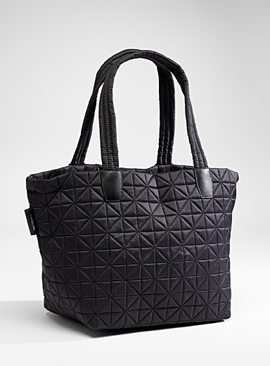 Vee quilted tote
