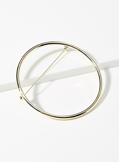 Simons Assorted Infinity circle brooch for women