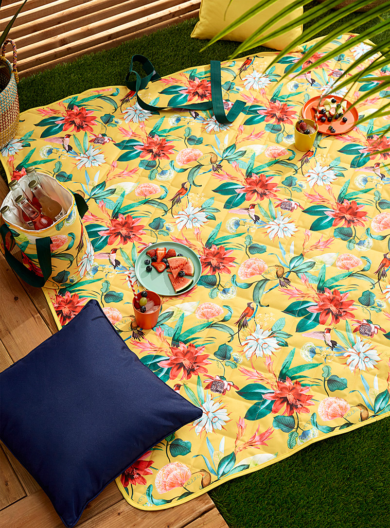 Simons Maison Assorted Tropical garden topstitched picnic blanket 150 x 150 cm
