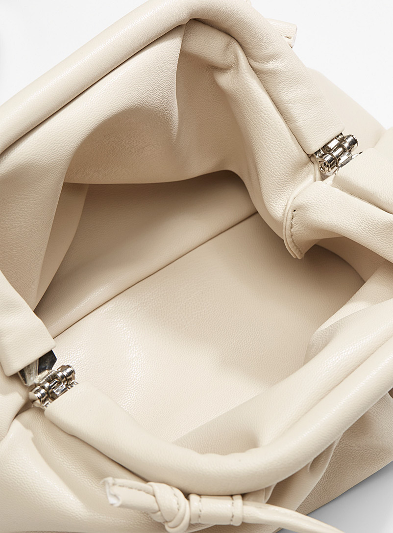 Small click-clack clutch - Clutches and Minaudieres - Ivory White