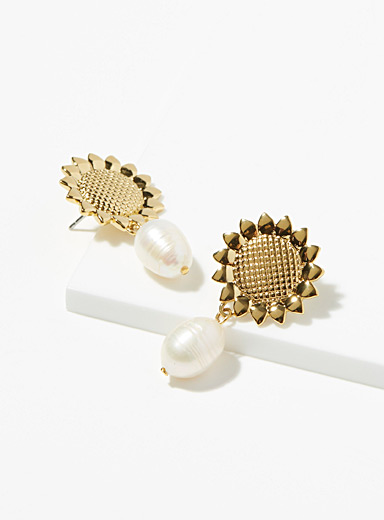 Sugar Blossom Assorted Vie sunflower and pearl earrings for women