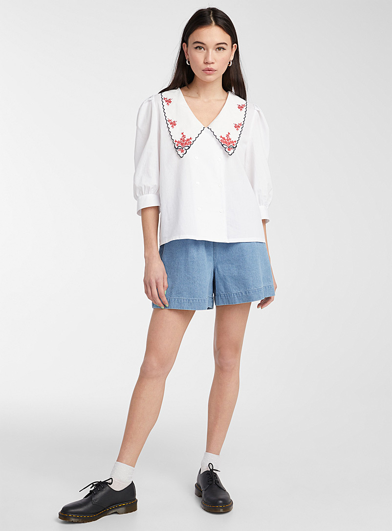 Twik White Red flower mega-collar shirt for women