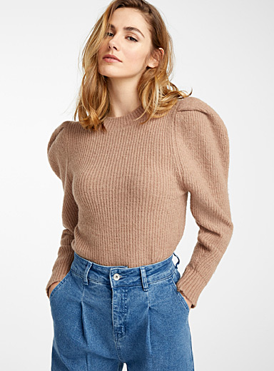 Balloon shoulder ribbed sweater
