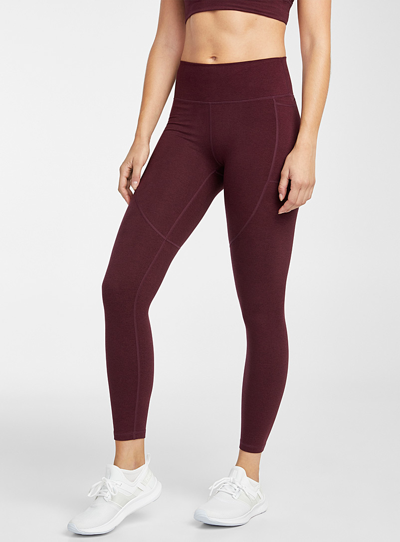 Vuori Ruby Red Elevation legging for women