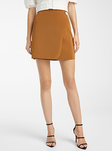 Icône Brown Velvety faux-leather skirt for women