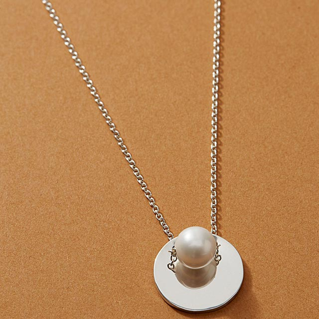 roselle-necklace