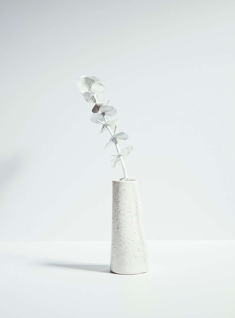 Atelier Make White Satiny porcelain vase