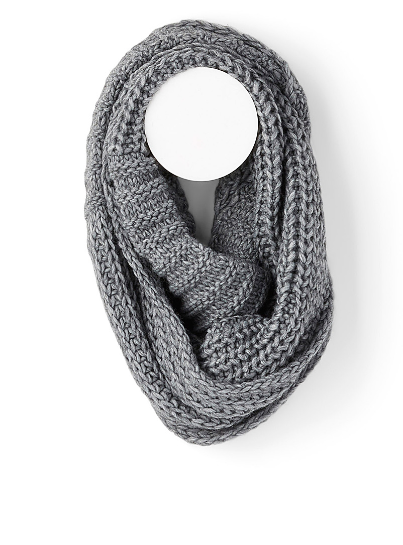 Simons Pink Two-way knit infinity scarf for women