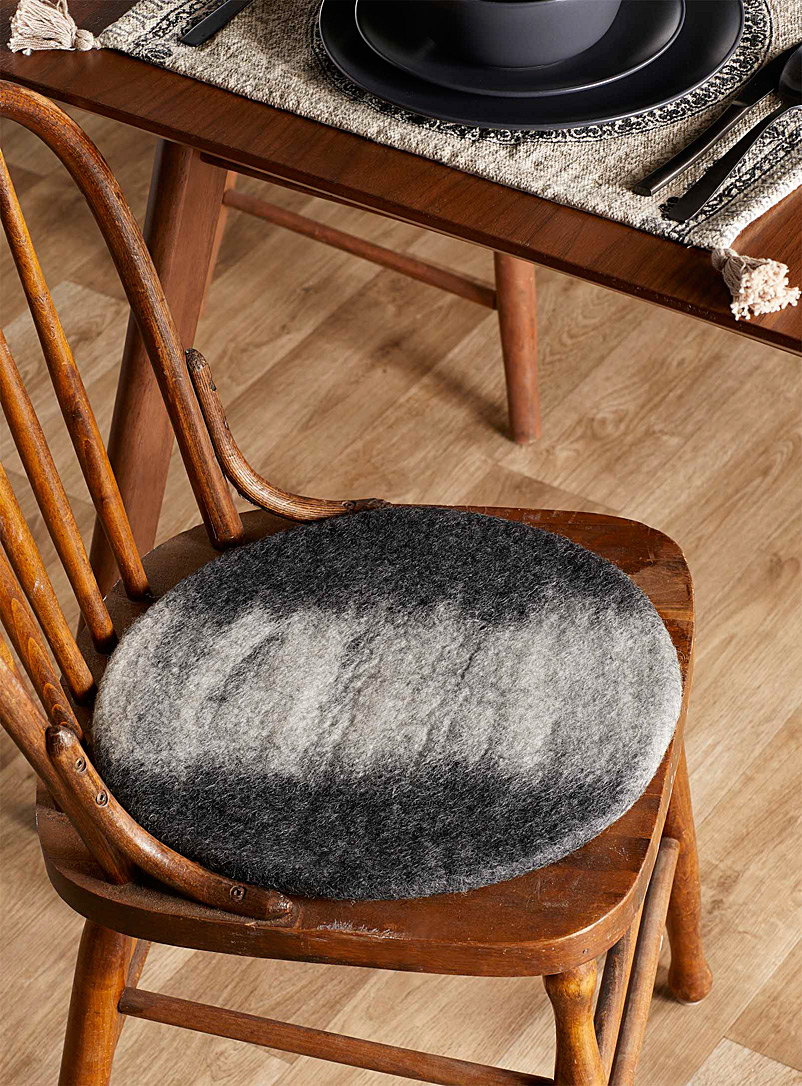 Simons Maison Black and White Wool fair trade grey ombré chairpad 35cm