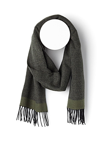 Solid trim heathered scarf