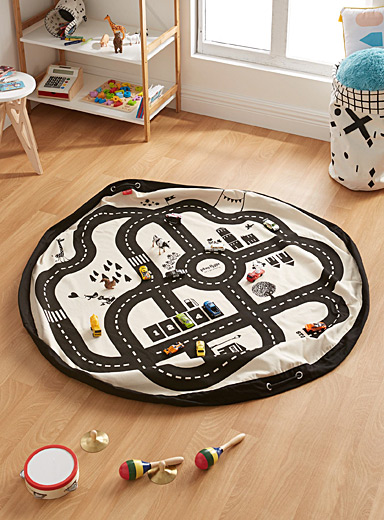 Play & Go Black Race track 2 in 1 play mat bag