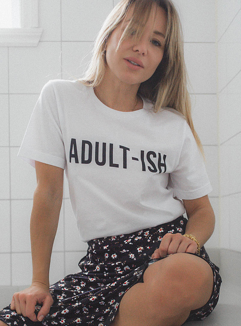 Icône White Pseudo-adult tee for women
