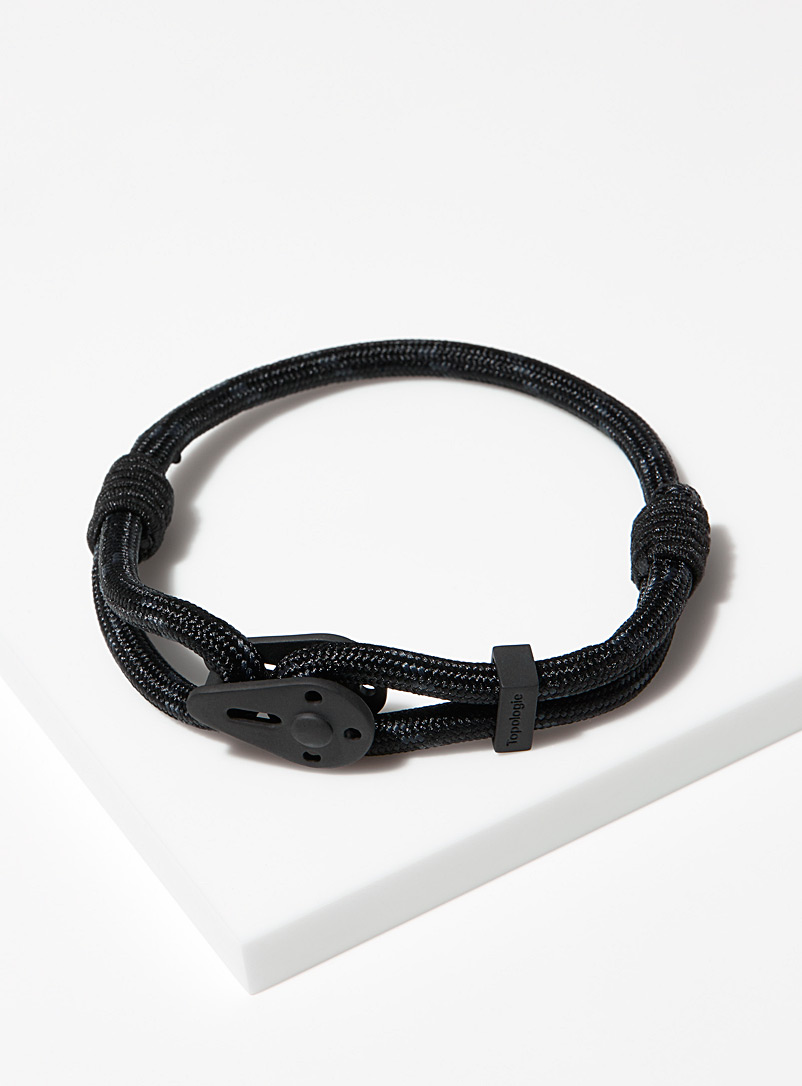 Topologie Patterned Black Yosemite matte black bracelet for men