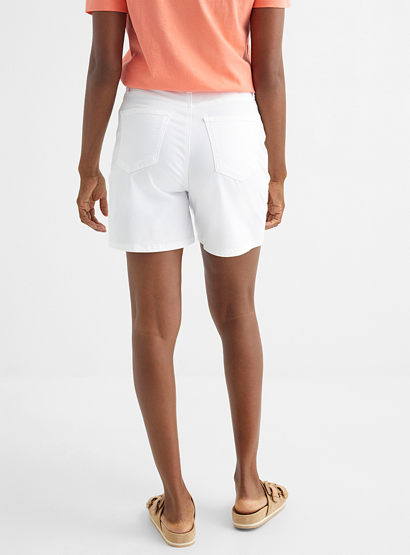 Contemporaine Lime Green Breathable twill short for women