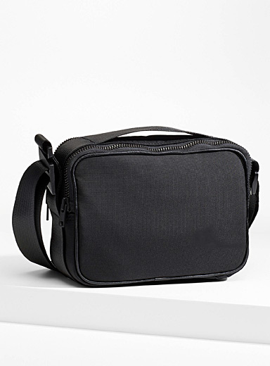 Regenerated nylon camera bag