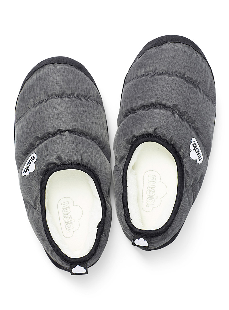 Nuvola Black Clasica grey quilted slippers for women