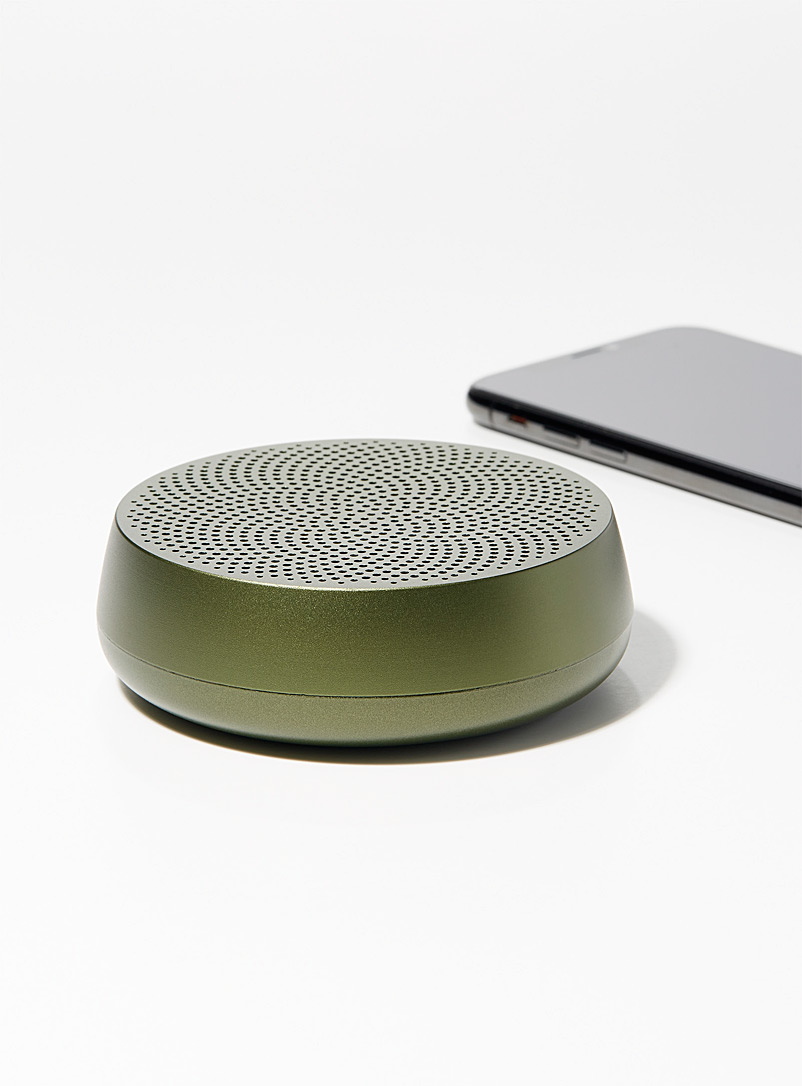 Lexon Mossy Green Mino L speaker for men