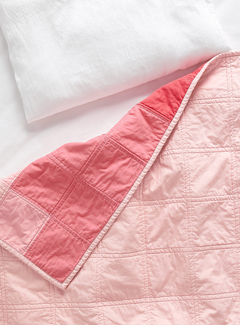 Stamp Stitch Create Assorted Rose petal baby quilt