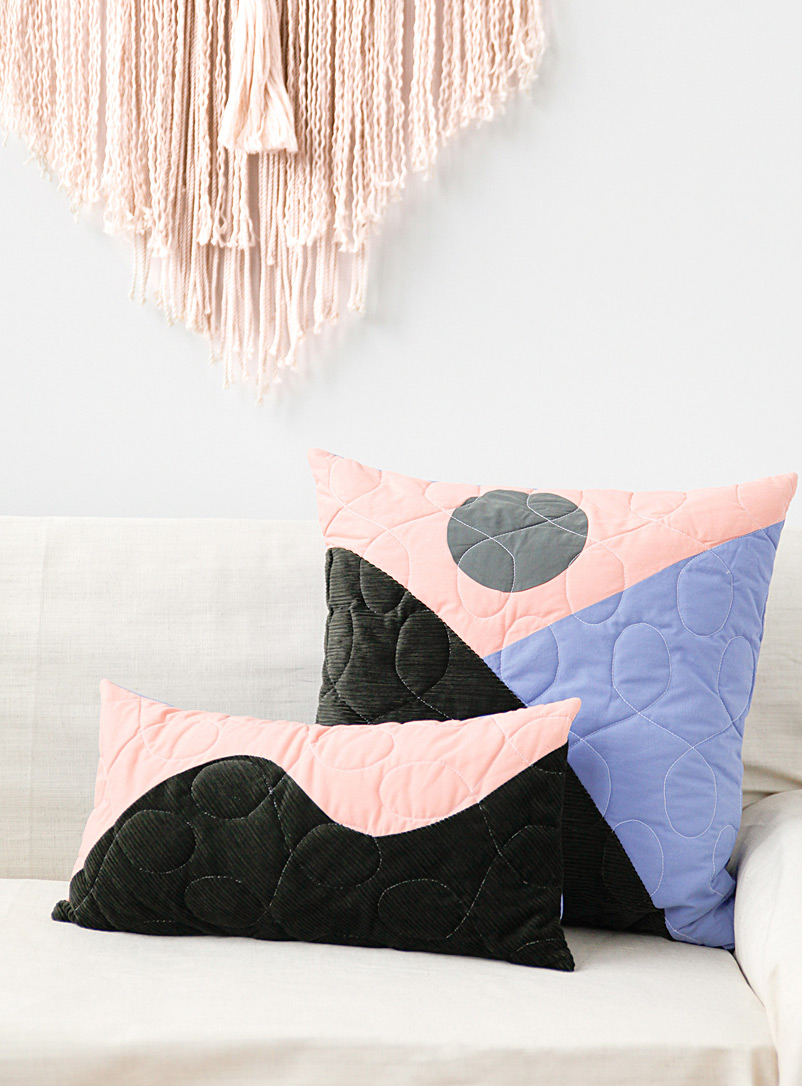 Le point visible Assorted Dune quilt cushion  2 sizes available