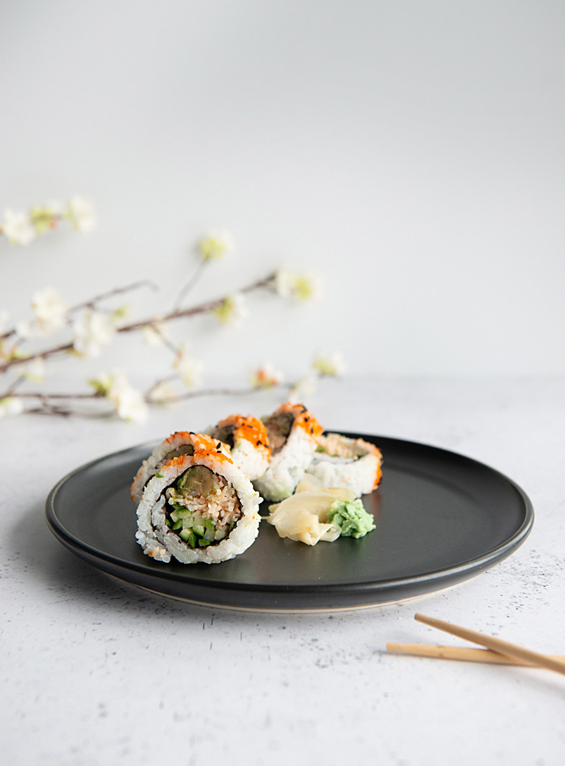 Cindy Labrecque Black Essential black plate