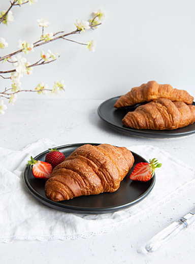 Essential black small plates  Set of 2