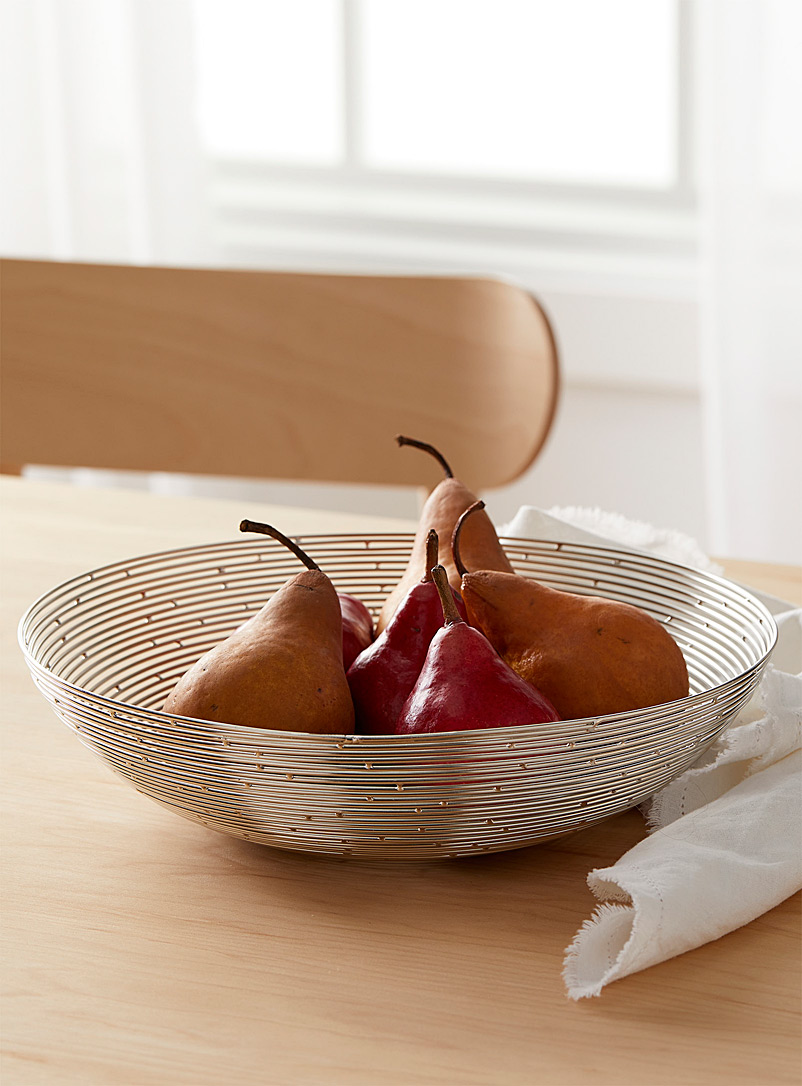 Optical spiral fruit bowl