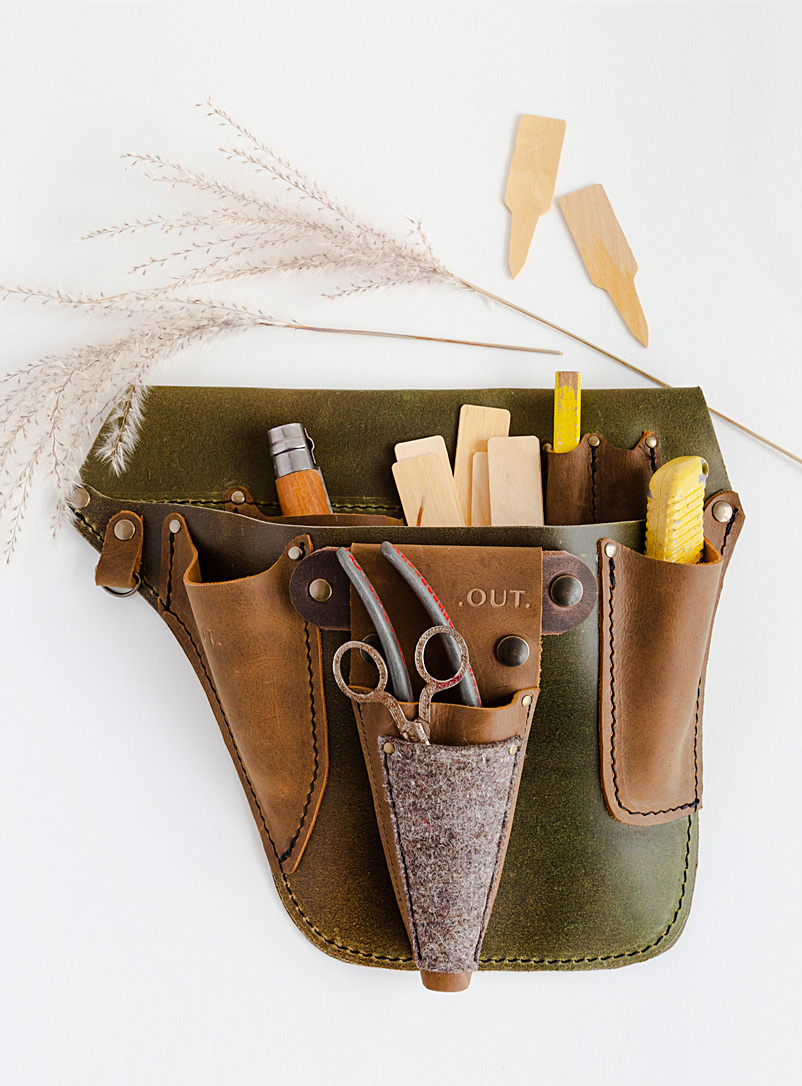 OUT Brown Flora tool holder