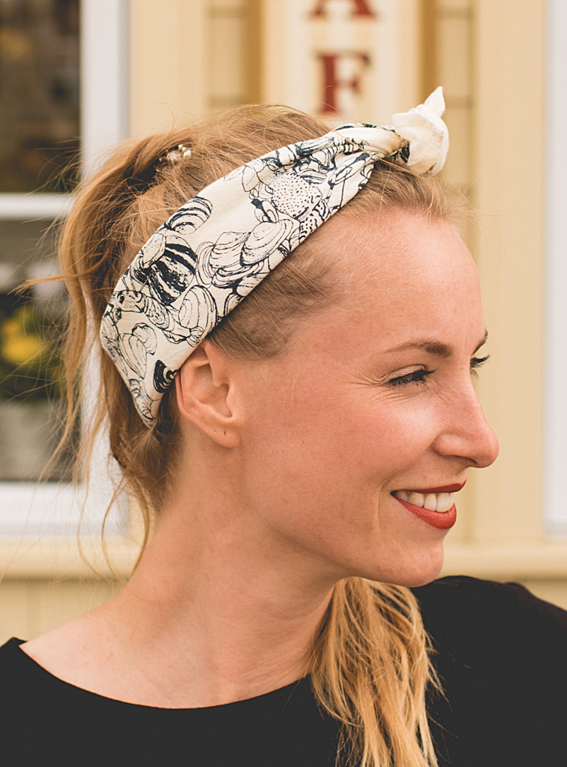 Pascale Faubert créations White Paella organic cotton and hemp scarf