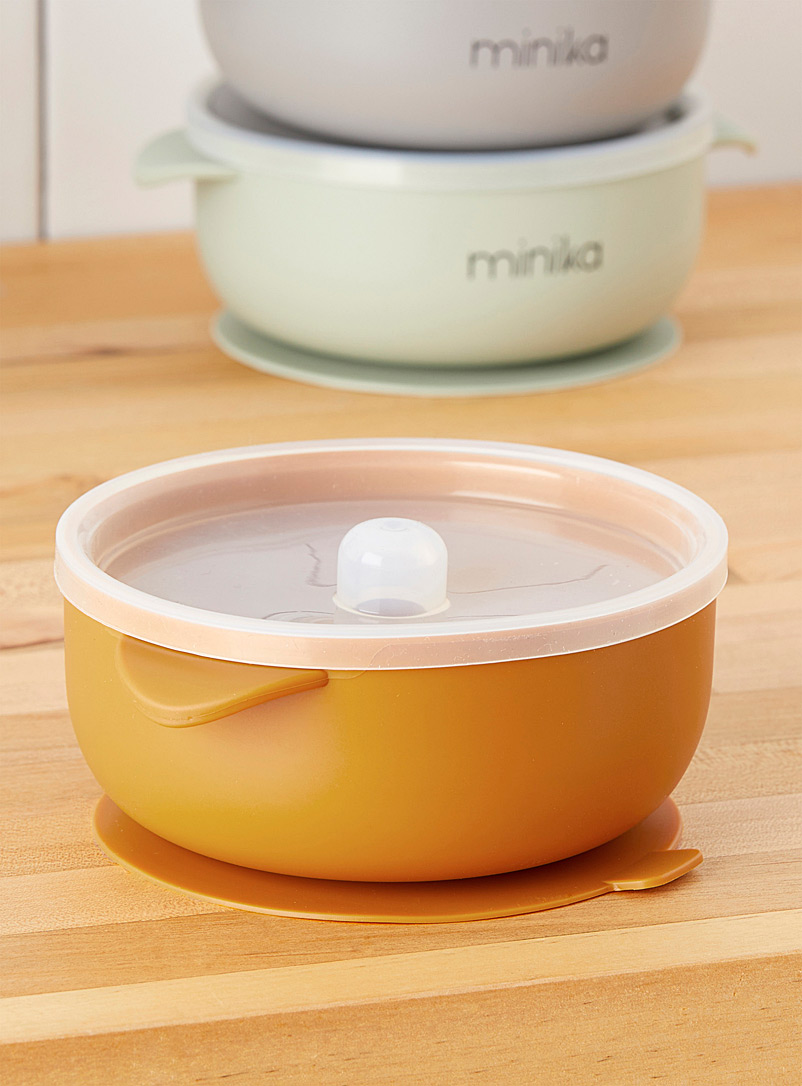 Minika Pink Children's silicone suction bowl with lid